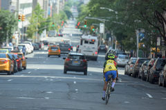 NEW YORK CITY - JUNE 14 2015: town congested street and avenue Stock Photography