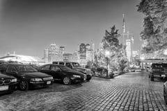 NEW YORK CITY - JUNI 9, 2013: Lower Manhattansikt från Jersey C royaltyfri foto