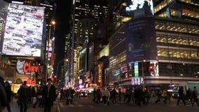 New York City la nuit dans 4K banque de vidéos