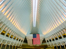 New York City, los Estados Unidos de América - 1 de mayo de 2016: El Oculus en el eje del transporte del World Trade Center Foto de archivo libre de regalías