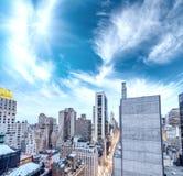 New York City - Manhattan skyscrapers, skyward view Royalty Free Stock Photos