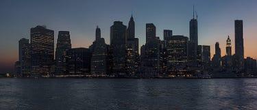 New York City na noite fotos de stock
