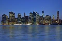 New York City nachts stockfotos
