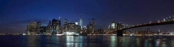 New York city night panorama skyline with Brooklyn Bridge Royalty Free Stock Photos