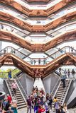 New York City, NY, EUA - 17 de maio de 2019: A embarca??o, igualmente conhecida como Hudson Yards Staircase fotos de stock royalty free