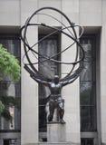 New York City, o 2 de julho: Centro de Rockefeller com detalhes da estátua do atlas em Manhattan de New York City no Estados Unid Imagem de Stock Royalty Free