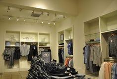 New York City, o 2 de julho: Interior luxuoso da loja de Manhattan em New York City no Estados Unidos Imagem de Stock