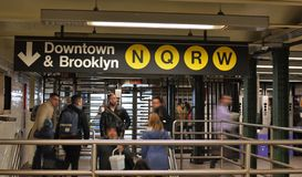 Free New York City People Streets Rush Hour Subway MTA Underground Travel Transportation Stock Photography - 130030412