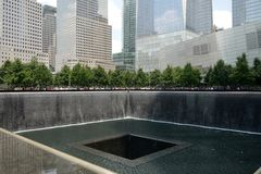 New York City: Punto cero 9/11 parque conmemorativo h Foto de archivo libre de regalías