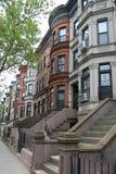 New York City rödbruna sandstenar på den historiska utsikthöjdgrannskapen arkivfoton