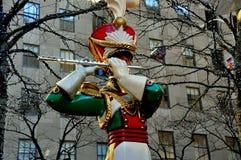 New York City: Rockefeller-Mitte-Weihnachtsdekorationen Lizenzfreies Stockfoto