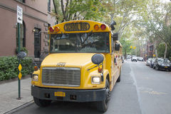 New York City, 11 september 2015: school bus waits on the street Royalty Free Stock Images