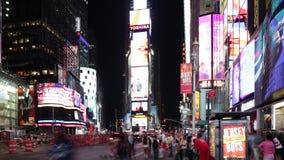 New York City - 16 septembre : rue célèbre de Broadway de Times Square comme symbole des Etats-Unis 16 septembre 2014 à Manhattan banque de vidéos