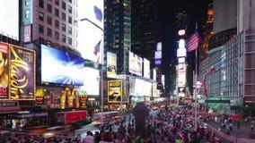 New York City - 16 septembre : secteur célèbre de Broadway de Times Square comme symbole des Etats-Unis 16 septembre 2014 à Manha clips vidéos