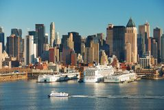 New York City skyline with boats Royalty Free Stock Photography