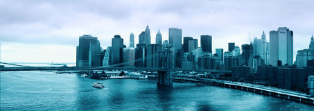 New York City skyline with Brooklyn Bridge and Lower Manhattan Stock Images