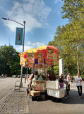 New York City Street Food Vendor Near Central Park, Midtown, Manhattan, NYC, NY, USA stock image