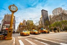 New York City taxi. Fotografering för Bildbyråer
