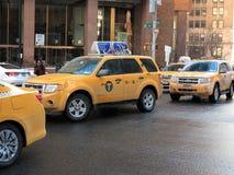 New York City taxitaxiar Royaltyfri Fotografi