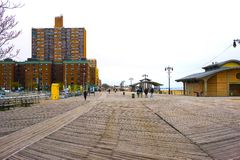New York City USA - Maj 02, 2016: Coney Island strandpromenad, Brighton strand, Brooklyn, USA Arkivbilder