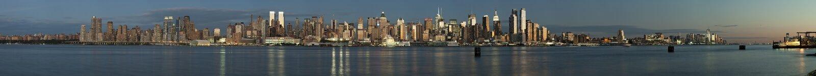 New York City, USA - Panorama von im Norden zum Stadtzentrum Stockbild