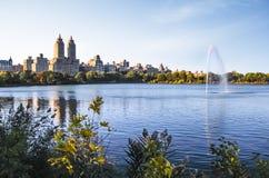New- York Citycentral park Jacqueline Kennedy Onassis Reservoir lizenzfreie stockbilder