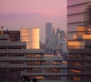 New- York Cityim stadtzentrum gelegener Sonnenaufgang stockfoto