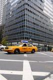 New- York Cityrollen, gelbes Fahrerhaus Stockbild
