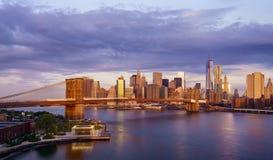New- York Citysonnenaufgang stockfotos