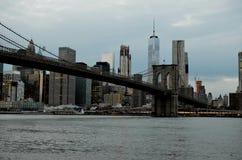New York con il ponte di Brooklyn Immagini Stock Libere da Diritti
