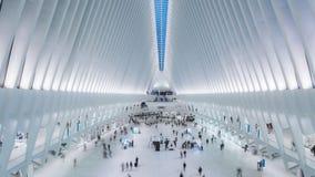 NEW YORK, DE V.S. - MAG, 2018: De Hub van het World Trade Centervervoer - Oculus Timelapse, de Stad van New York stock video