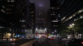 NEW YORK, DE V.S. - 4 MEI, 2019: De stad van New York bij nacht stock footage