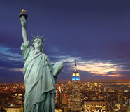 New York em a noite Imagem de Stock Royalty Free