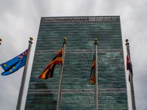 New York - estados unidos a construção das matrizes dos United Nations em New York City imagens de stock royalty free