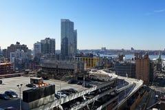 Estacionamento terminal do telhado da autoridade portuária e arranha-céus Manhatta Imagens de Stock Royalty Free