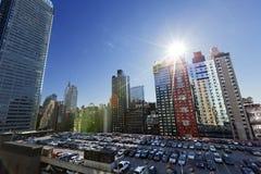 Estacionamento do telhado da autoridade portuária e arranha-céus Manhattan Yor novo fotografia de stock royalty free