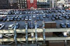 Estacionamento terminal do telhado da autoridade portuária e arranha-céus Manhatta fotos de stock royalty free