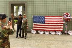 New York, EUA - 28 de maio de 2018: Veteranos de Vietname durante a reunião dentro foto de stock royalty free