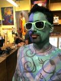 NEW YORK - 26. JULI: Aktmodelle, Künstler nehmen zu New- York Citystraßen während des ersten offiziellen Körper-Malerei-Ereigniss Lizenzfreies Stockbild