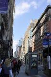 New York, am 2. Juli: Straßenansicht in Midtown Manhattan von New York City in Vereinigten Staaten Stockfotos