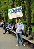 New York: Junger Mann in Central Park Lizenzfreies Stockbild