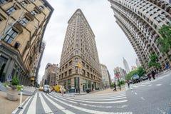 NEW YORK - JUNI 13: Vlakke Ijzer de bouwvoorgevel op 13 Juni, 2013 Royalty-vrije Stock Foto's