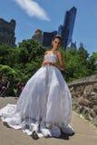 NEW YORK - 13. Juni: Vorbildliches Kalyn Hemphill wirft draußen auf Stockfoto
