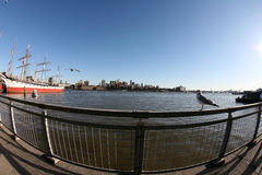 New York, Manhattan bay and view to Brooklyn Royalty Free Stock Images