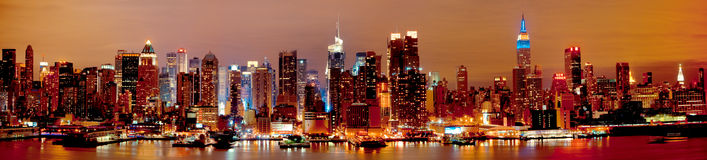 New York Manhattan bij Nacht stock foto's