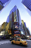 New York Manhattan stor redogöra firma Arkivfoton