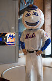 New York Mets maskotka, Mr Spotykający, na pokazie przy Citi polem Zdjęcia Royalty Free