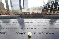 New York 9/11 minnesmärke på World Trade Centerground zero Arkivbild