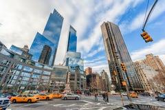 NEW YORK, NEW YORK - DECEMBER 27, 2013: Het Central Park van New York Columbus Circle Monument aan Christoffel Colombus Troeftore Stock Afbeelding