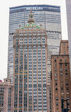 NEW YORK NEW YORK - DECEMBER 30, 2013: New York Cityscape Den MetLife byggnaden är en skyskrapa för 59 berättelse på 200 Park Ave Fotografering för Bildbyråer